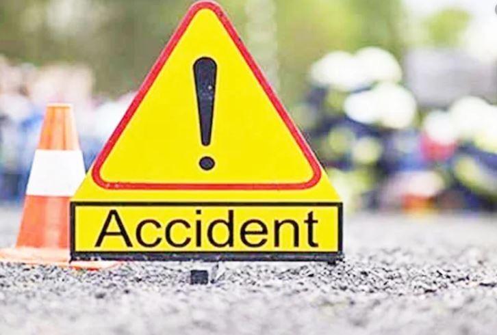 इरानमा यात्रुवाहक बस दुर्घटना, २० जनाको मृत्यु