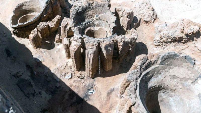 इजिप्टमा फेला पर्याे पाँच हजार वर्ष पुरानो बीअर कारखाना