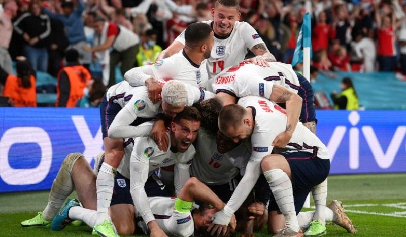 डेनमार्कलाई २–१ ले हराउँदै इङल्यान्ड फाइनलमा